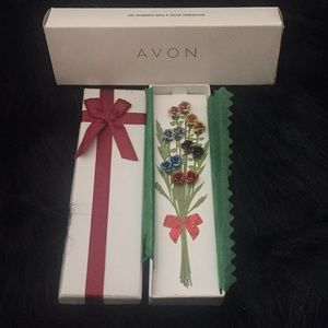 Avon 2012 New Ravishing Roses 🌹 6 Pair Earrings